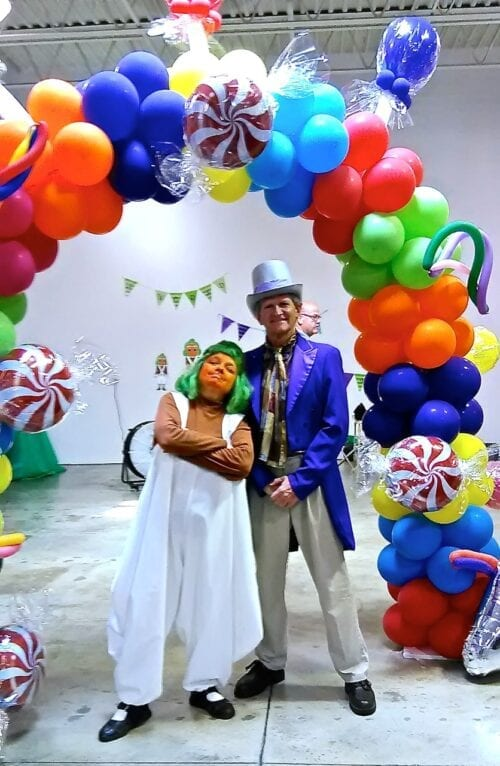 Willy Wonka and Oompa Loompa: Hire Same Day Singing Telegrams $125. Balloons, Party Characters: Willy Wonka or an Oompa Loompa, 100's more in Chicago, IL. and Indiana